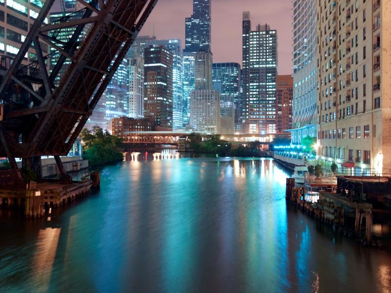 Chicago River (North Branch) at West Kinzie Street, Chicago, 2011